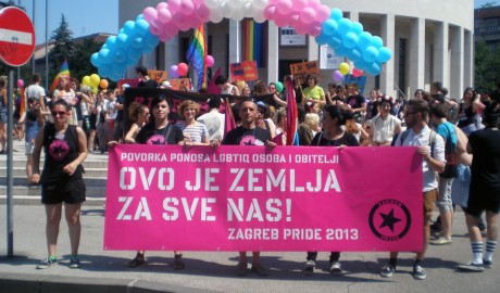 Gay pride i sotonizam